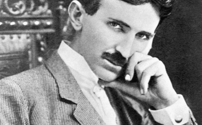 Nikola Tesla brief biography