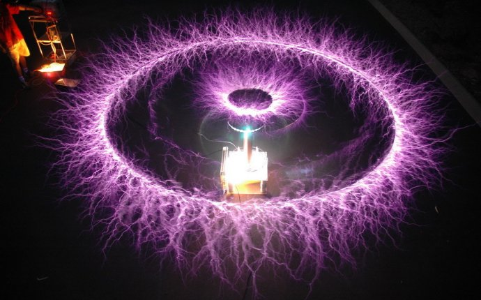 why was the Tesla coil invented